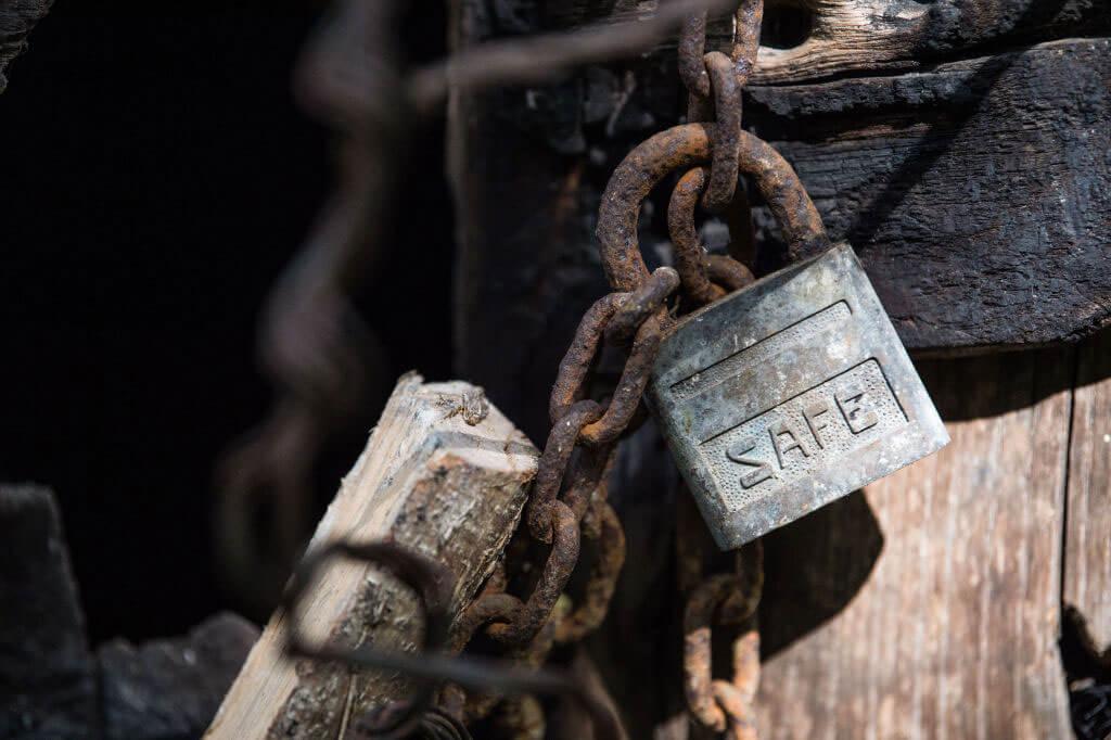 rusted-lock