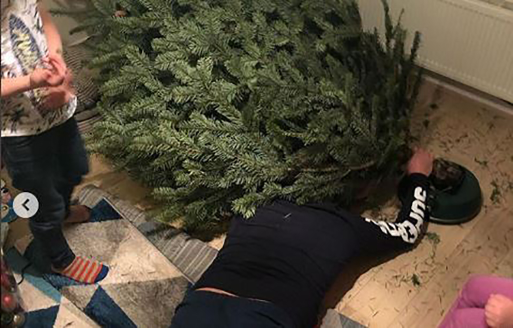 Struggling to get the tree up