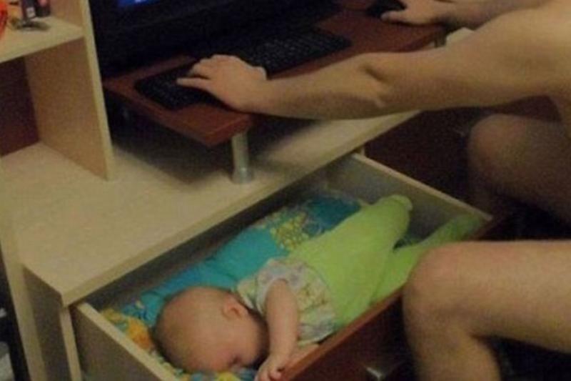 baby-in-dresser-65464