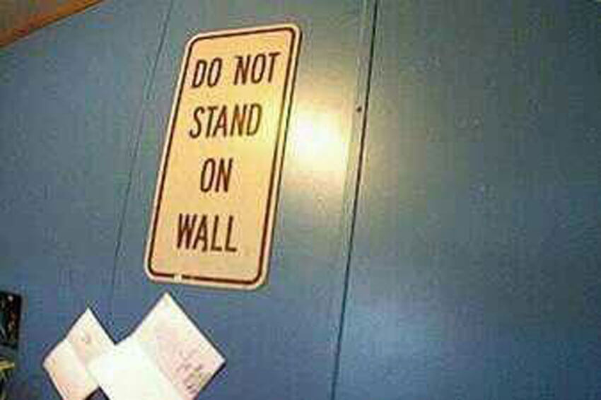 stand-on-wall-18441-45337.jpg
