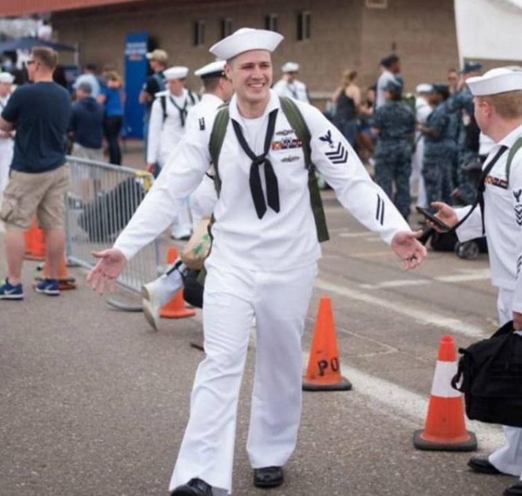 navy-man-wife-secret-18