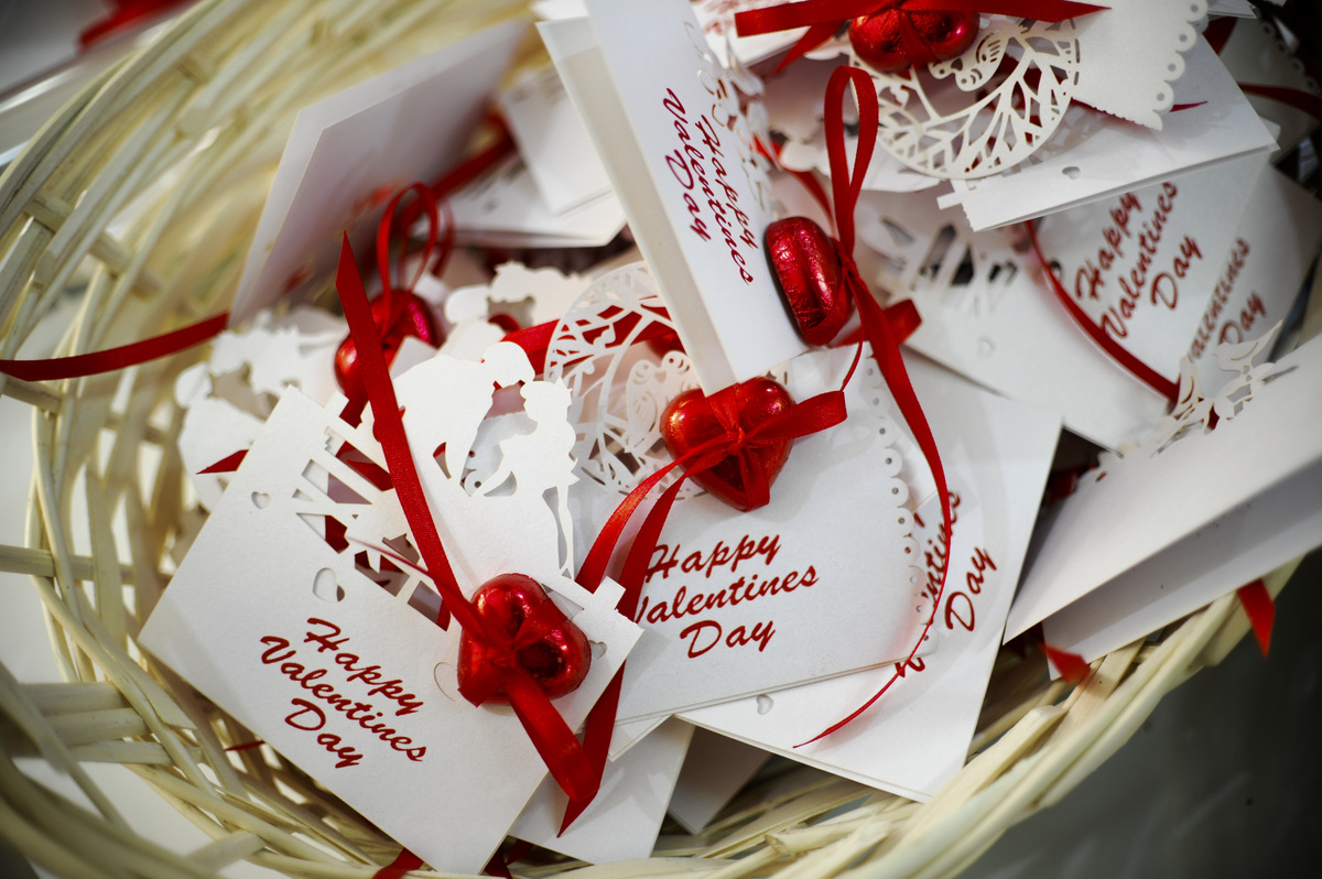 Valentine's cards and decorations