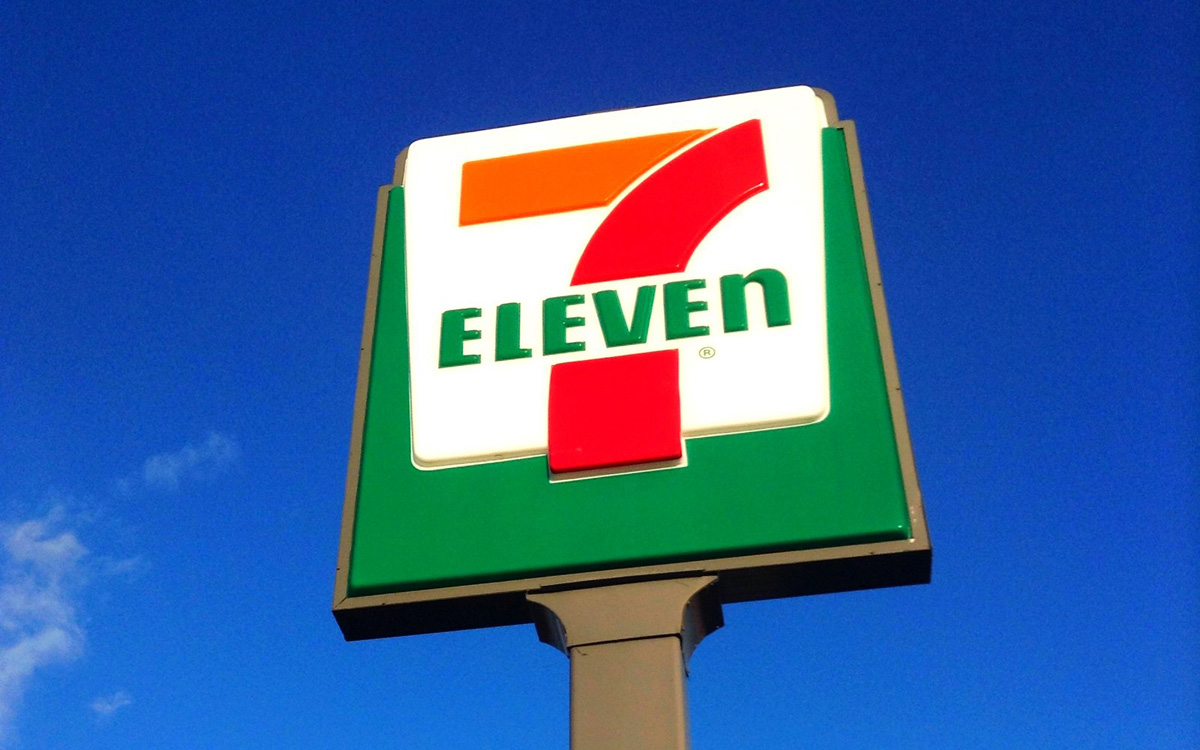 7-eleven-owner-buys-shoplifter-food-ohio