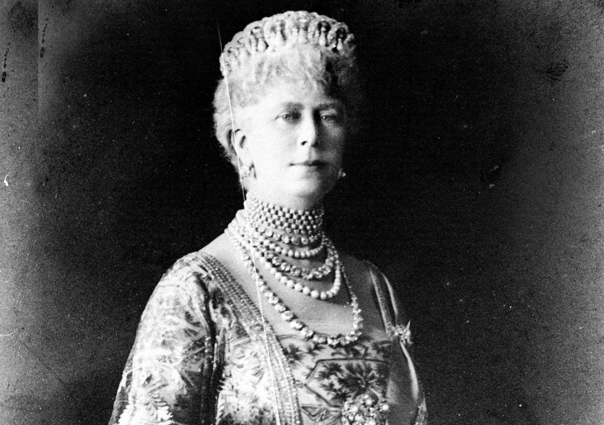 Queen Mary of England (1867-1953)