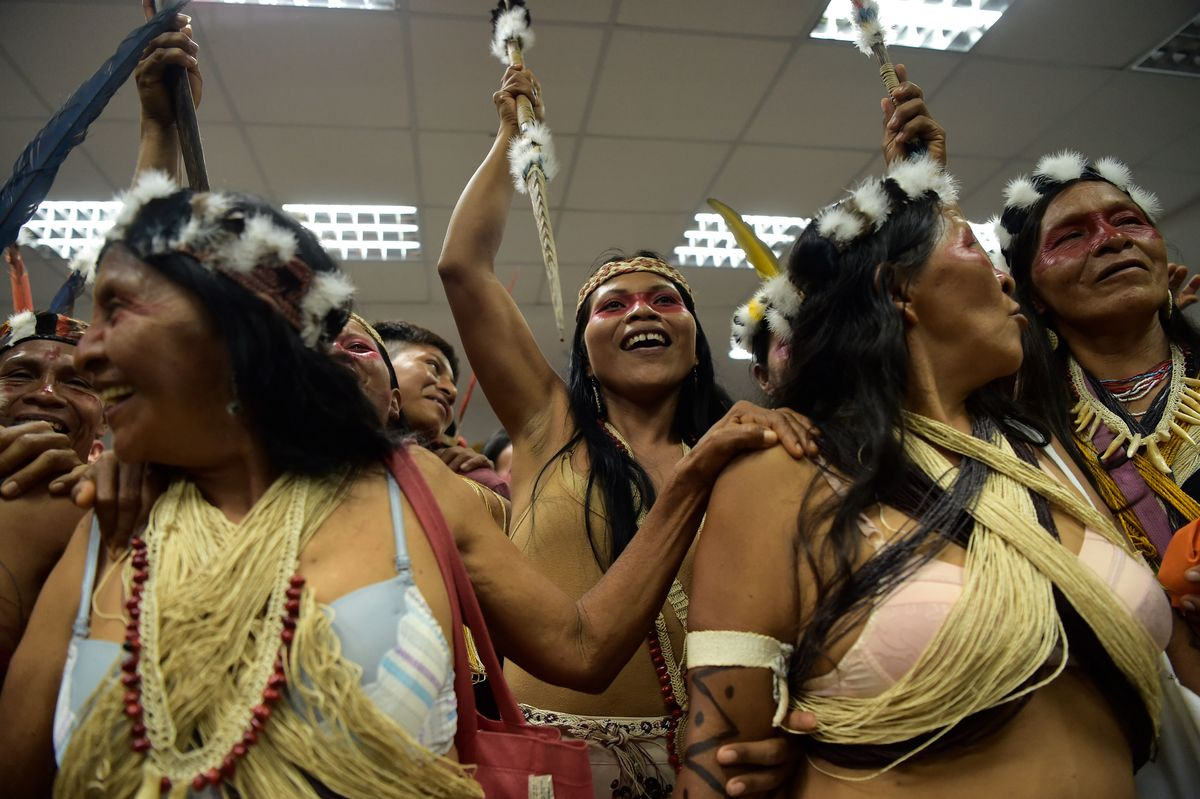 The president of the Coodinating Council of the Waorani Nationality celebrating in court