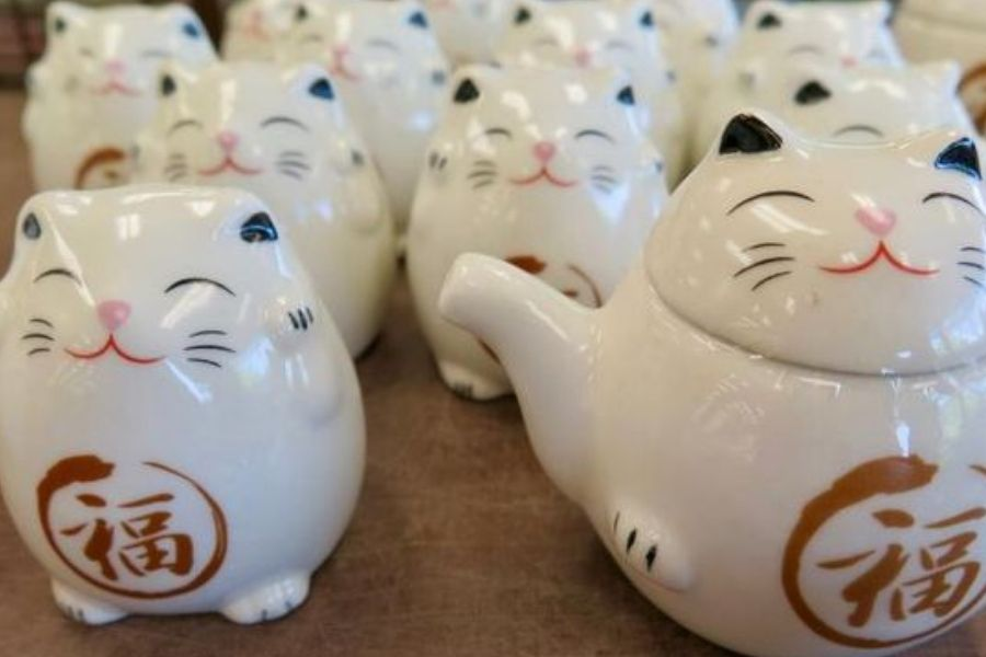 cat tea pot and milk cute matching