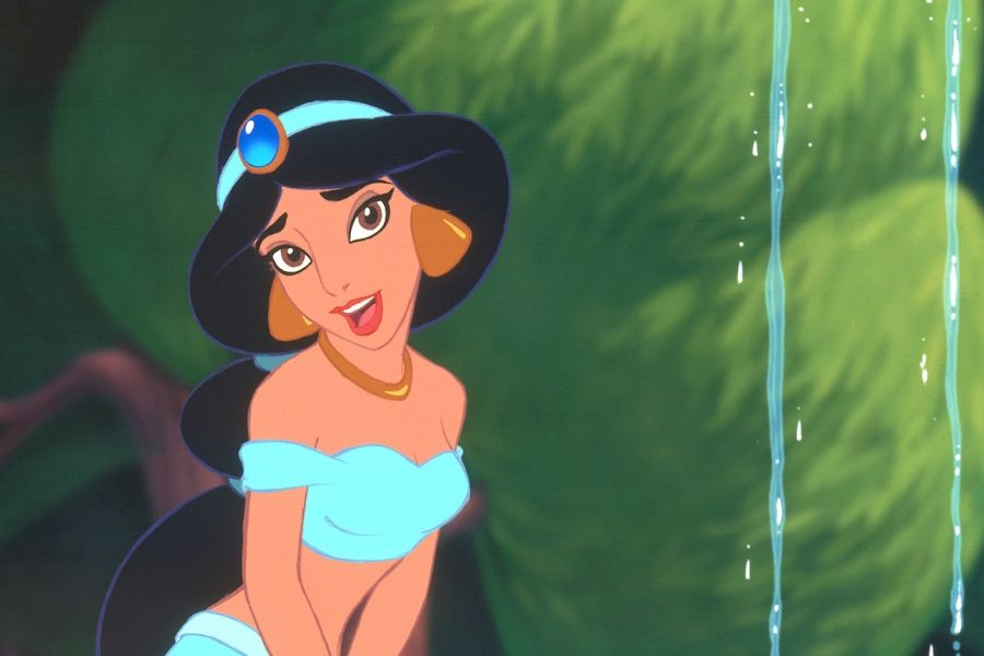 jasmine from alladin looking like she's singing