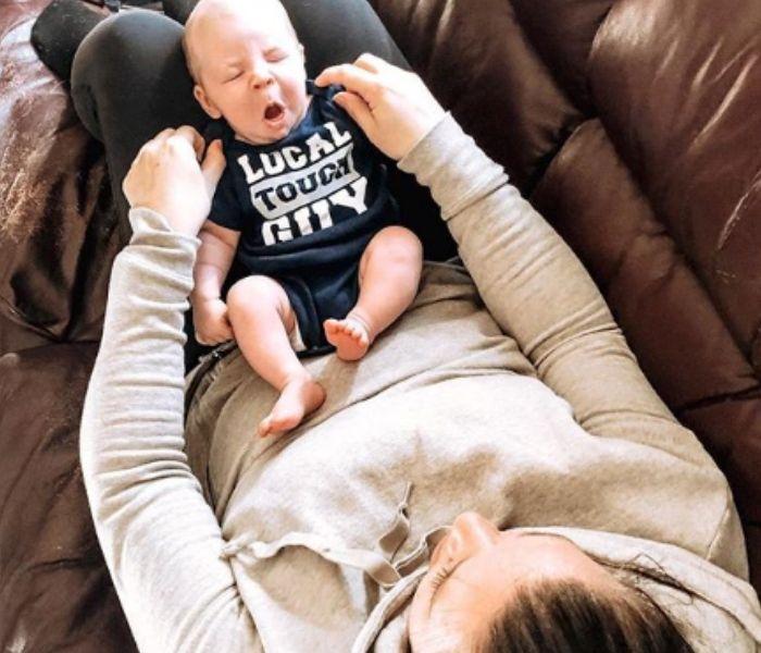 baby yawning funny shirt