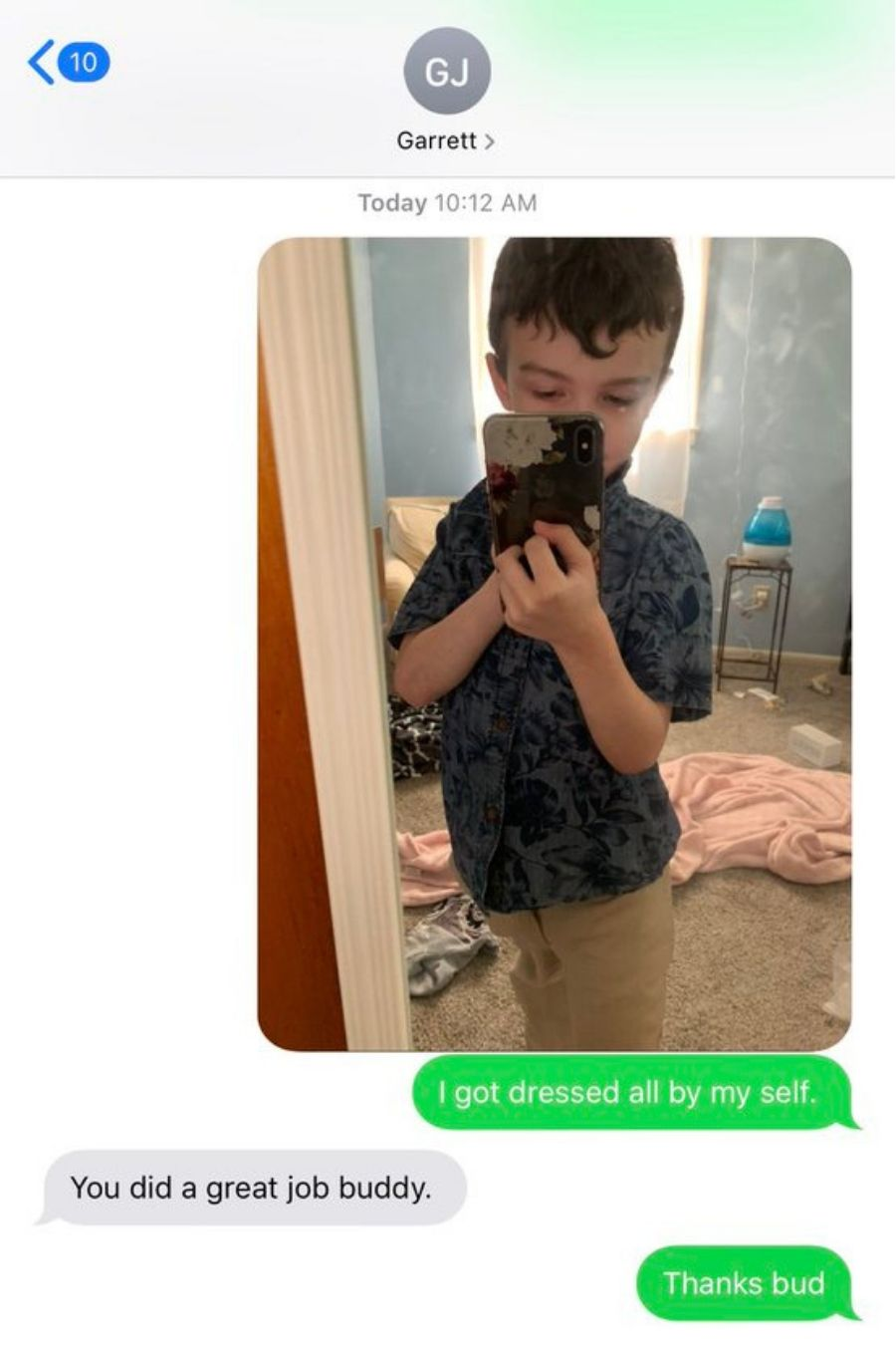 text message screenshot of grayson and his father garrett
