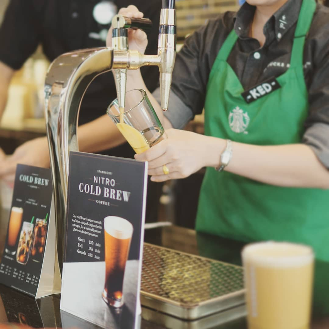 nitro cold brew starbucks