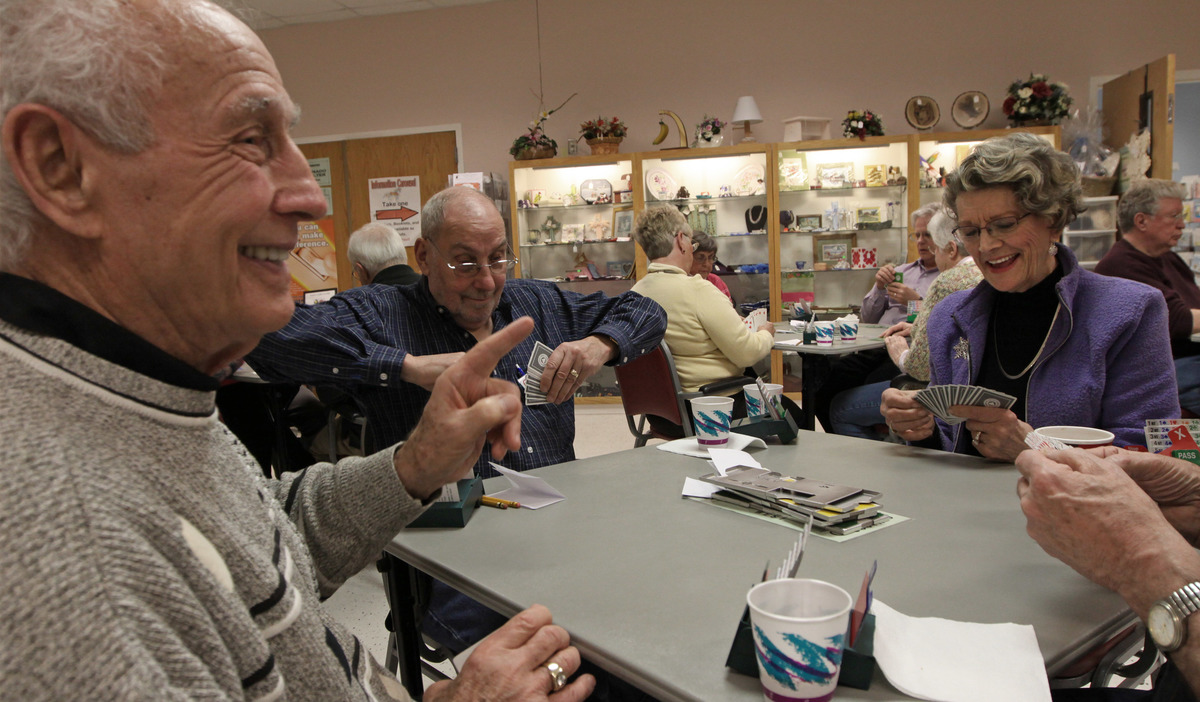seniors playing bridge in minnesota