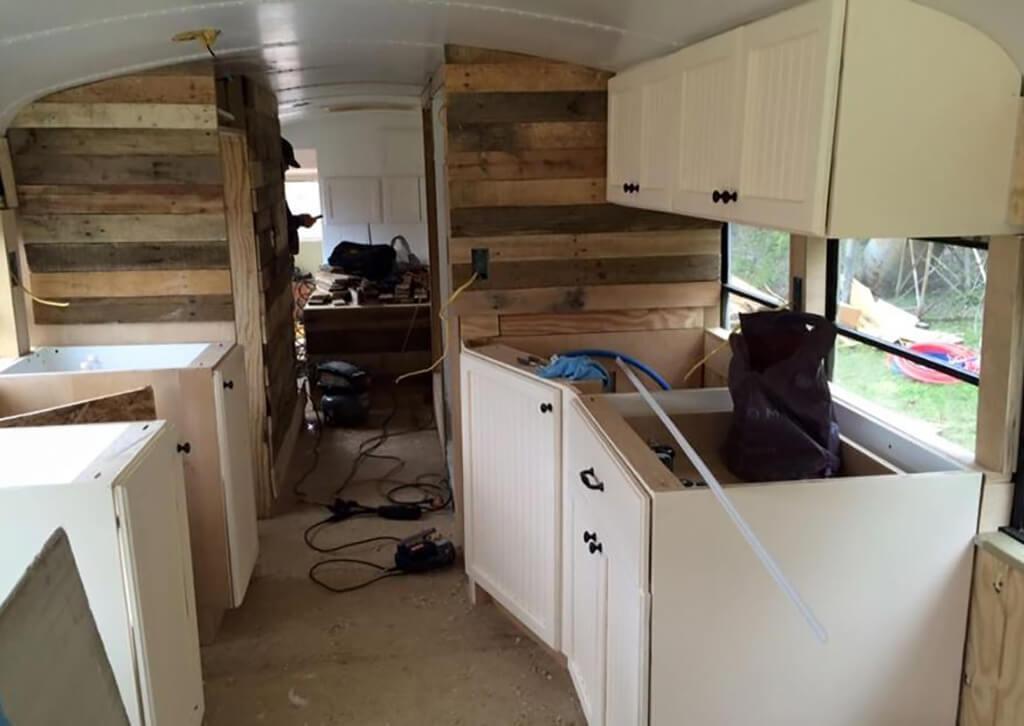couple-builds-dream-home-school-bus_007.jpg-49543
