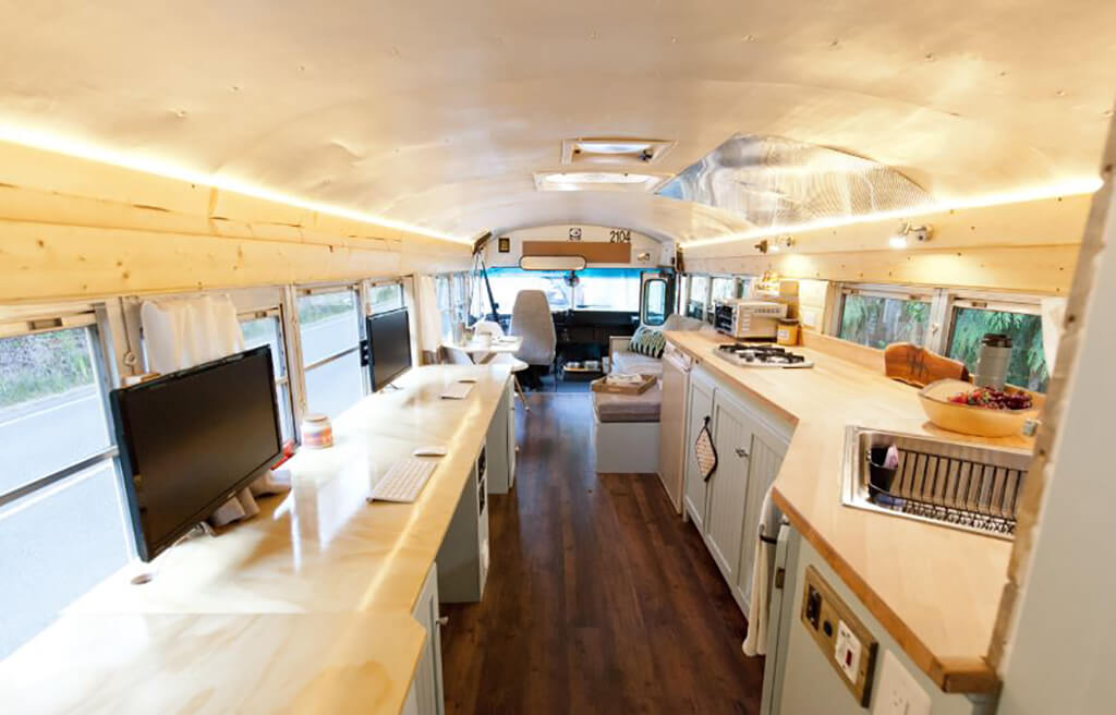 couple-builds-dream-home-school-bus_010.jpg-21619