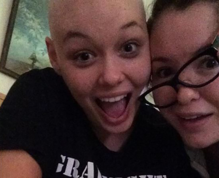 Sister celebrates that her sibling is cancer-free