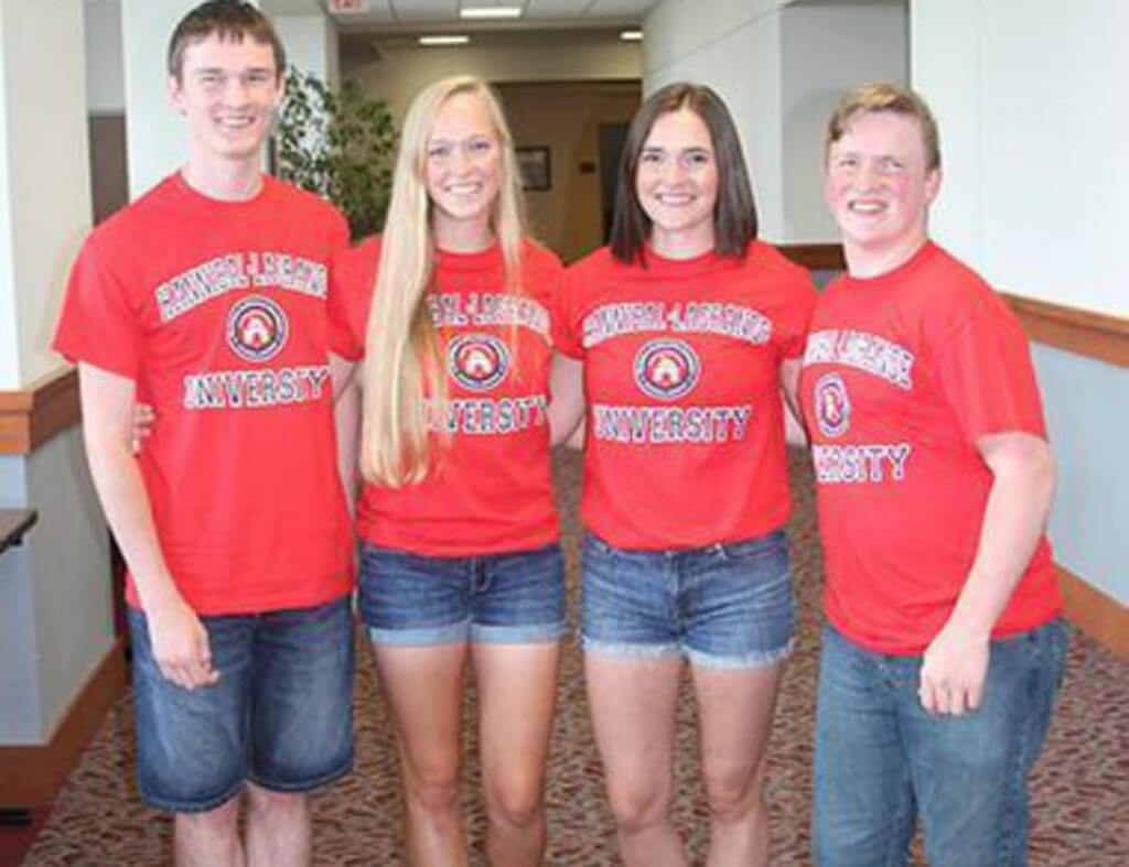17-mccaughey-septuplets-today-28437-53973