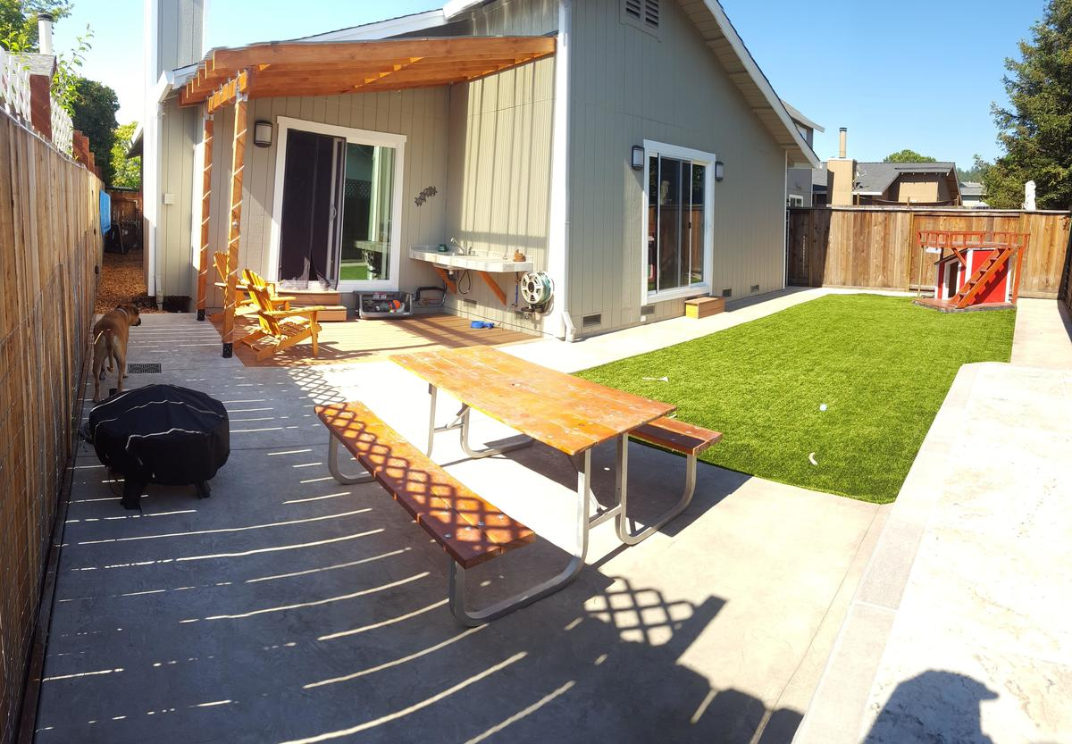backyard18-85886
