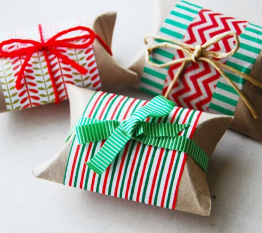toilet paper rolls used as gift boxes