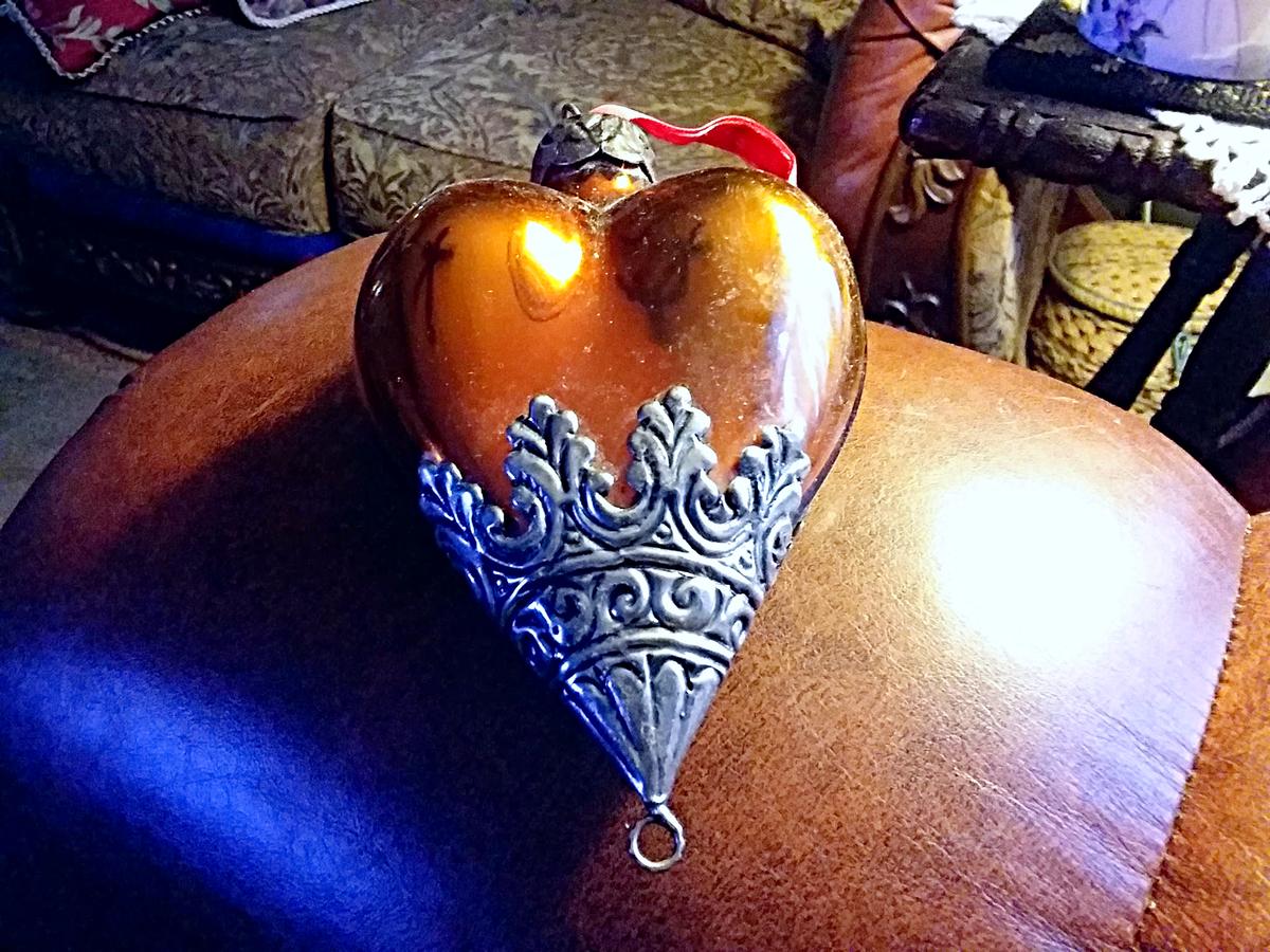 thrift-store-ornament-18