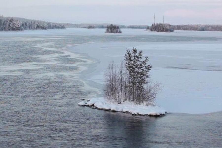 russian-lake-98230-69630