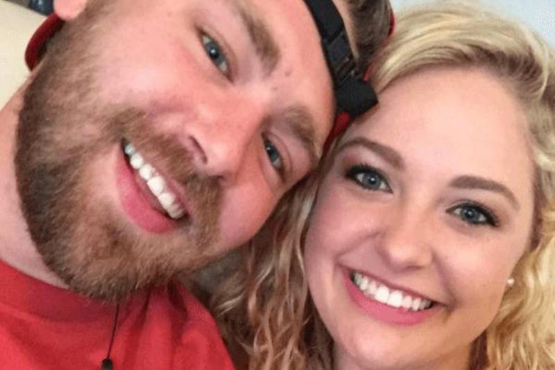 Brooks and Haley take a selfie.