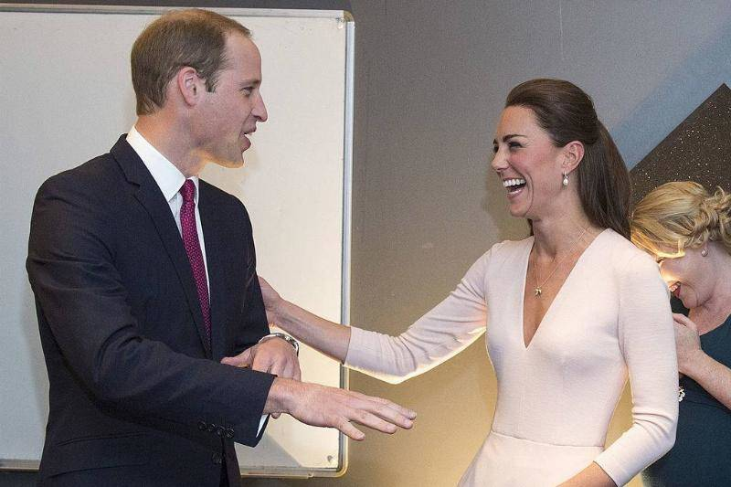 The Royals Learn How To Be DJs