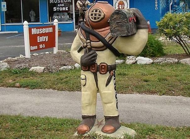 scuba-diver-mailbox