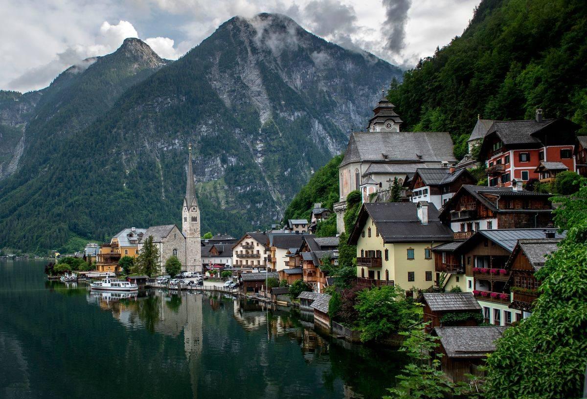AUSTRIA-HEALTH-VIRUS-TOURISM