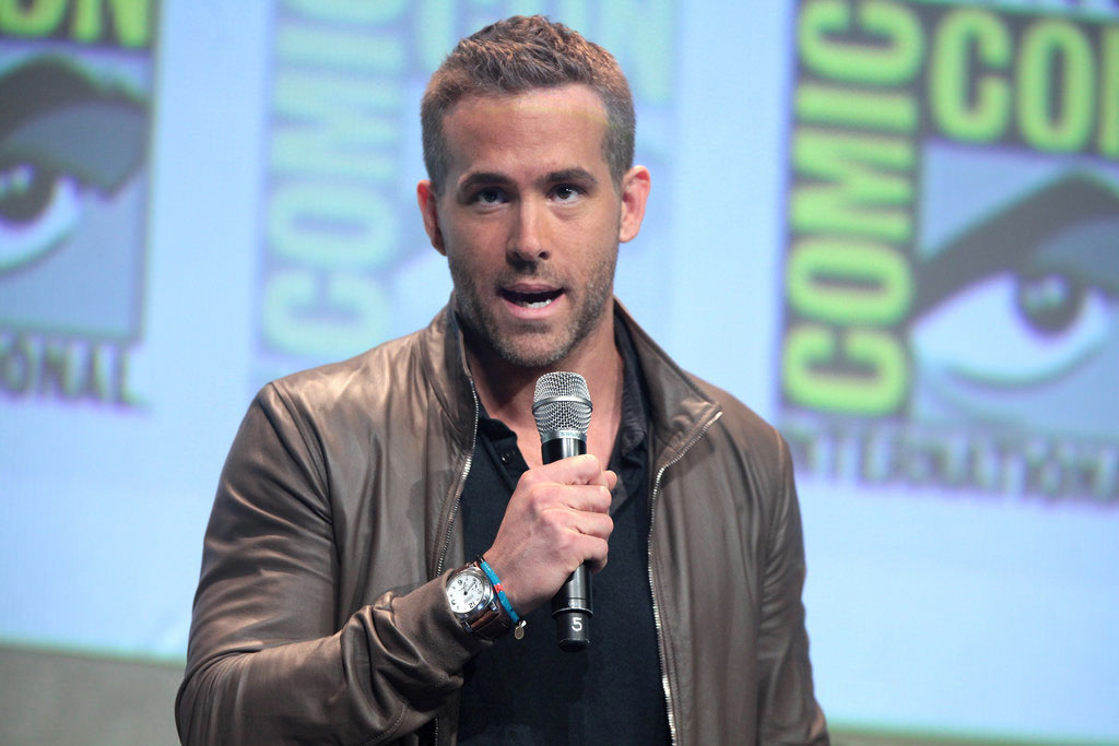 Ryan Reynolds Plays The Wrong Song During Labor