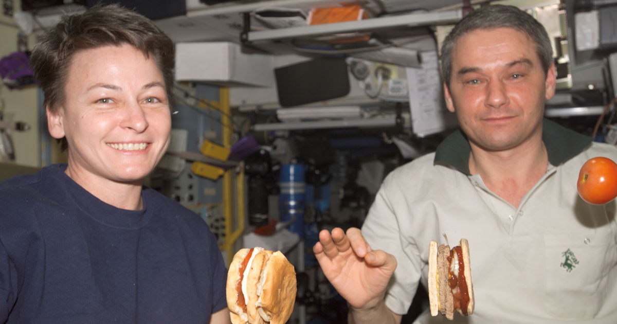 Astronauts receive special space meals