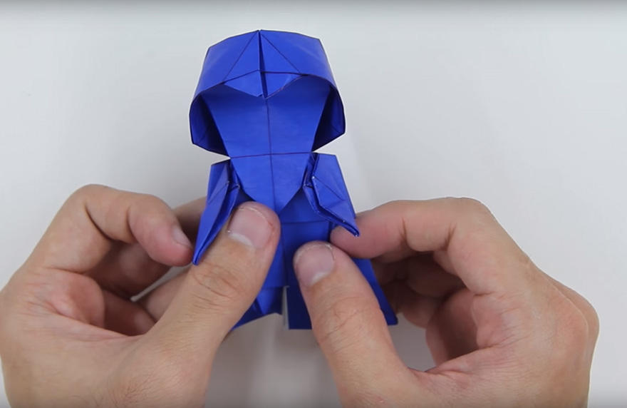 Awesome origami Darth Vader