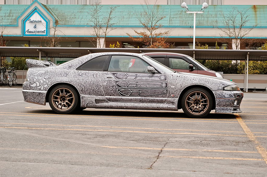 This Wife Doodled On Her Husbands Car With A Sharpie And Its - Artist wife doodles husbands car