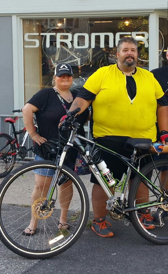 Fat Guy biking across America with his wife