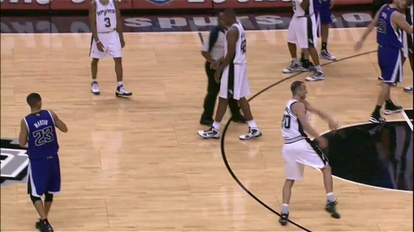 Manu Ginobili versus The Bat screenshot.jpg