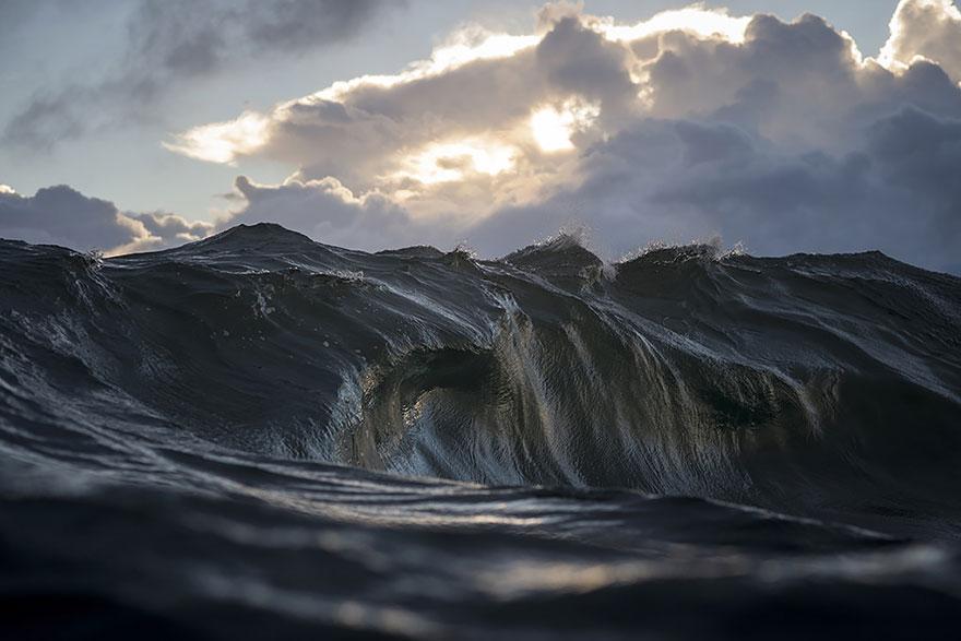 Ray Collins creates Mountain Waves
