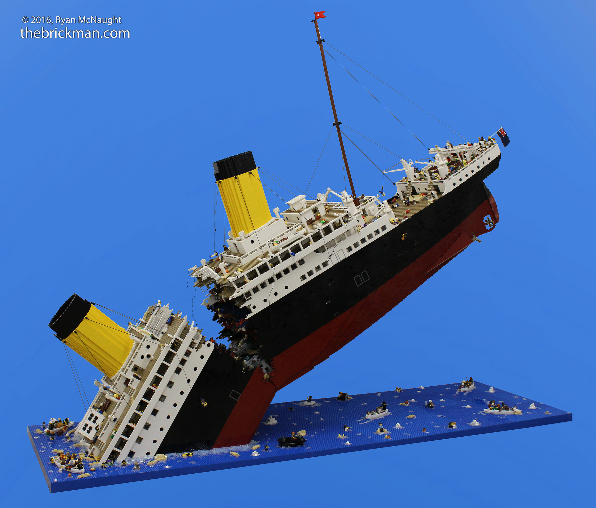 Titanic made out of 120,000 LEGOs