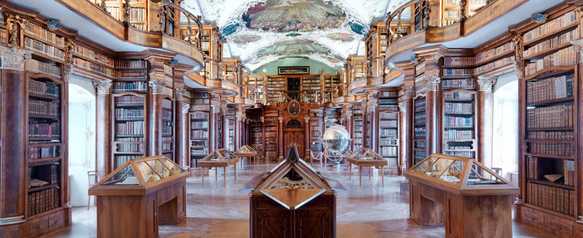 abbey-library-saint-gall.jpg