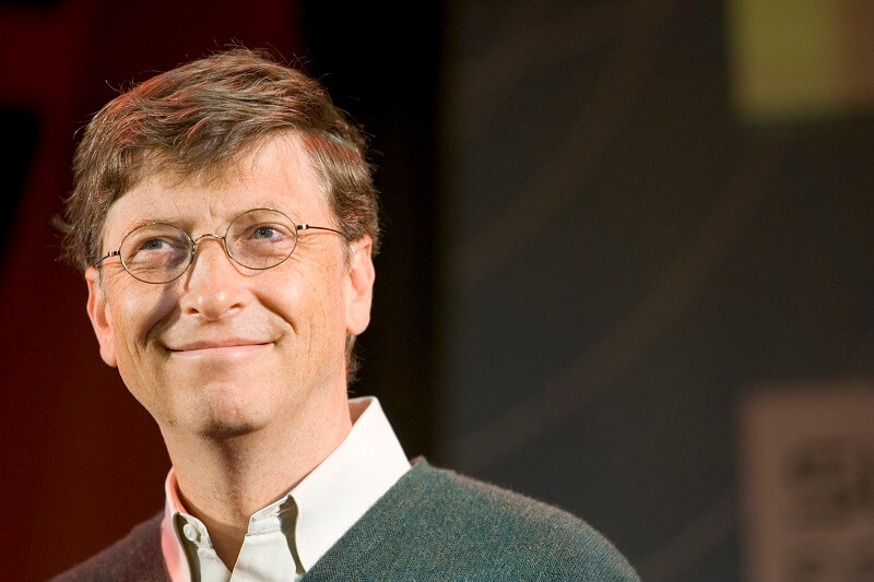 Bill Gates makes predictions about poor populations