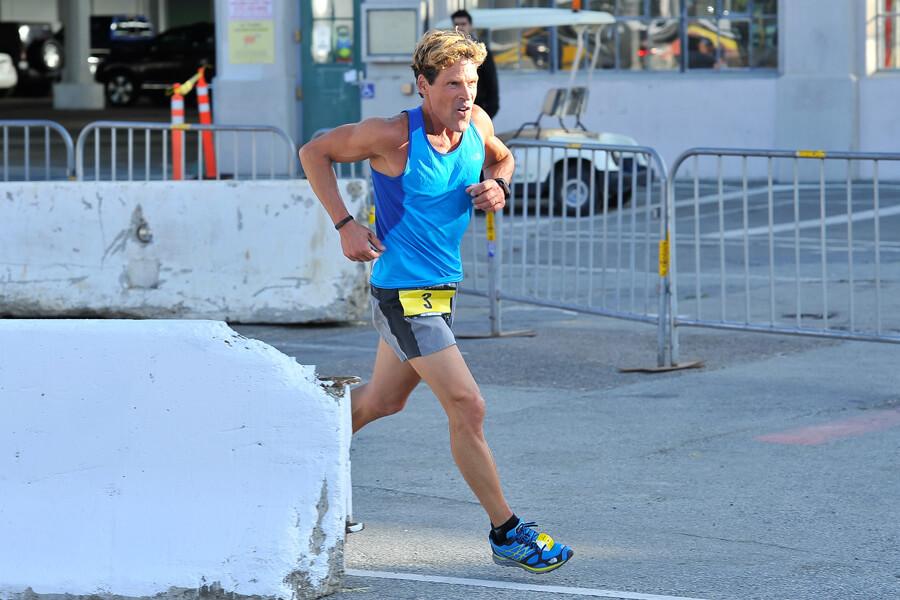 dean karnazes running.jpg
