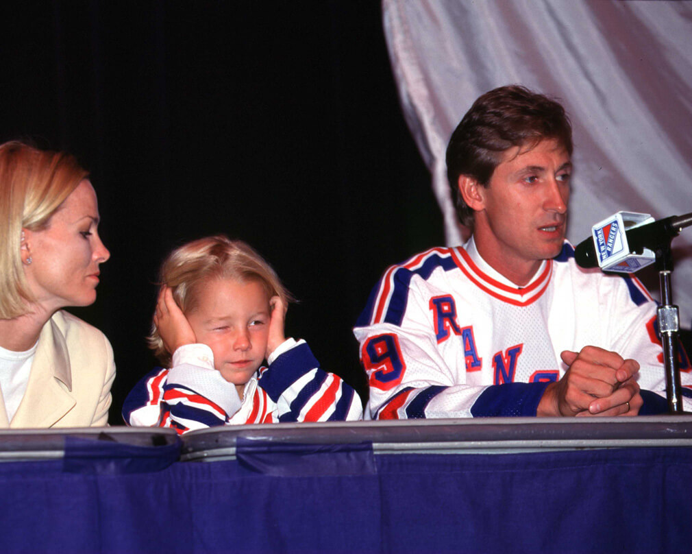 Gretzky_and_family_4