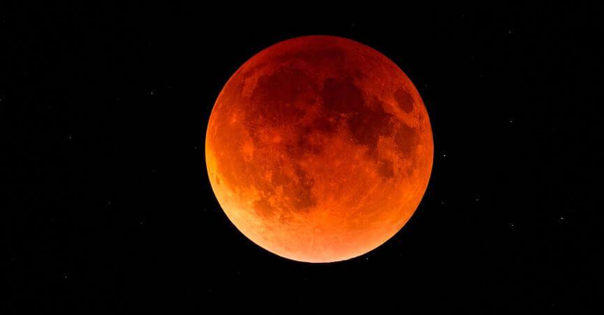 lunar_eclipse_fb.jpg