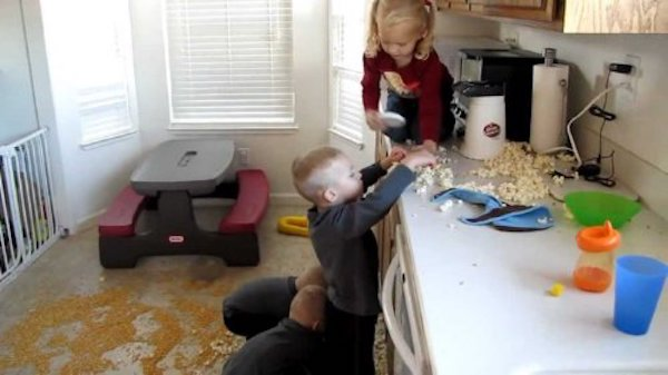 Countertops Are Barely An Obstacle For Toddlers