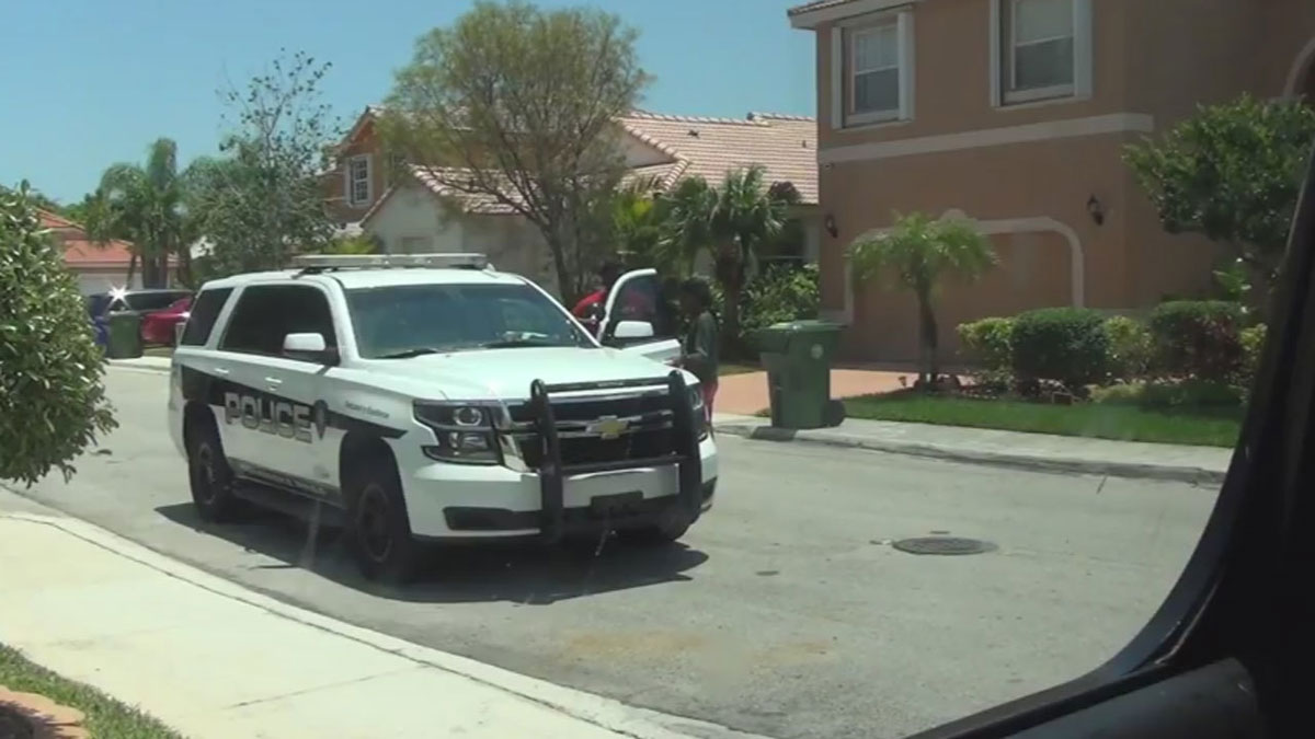 Dad Gets Police Help To Prank His Daughter